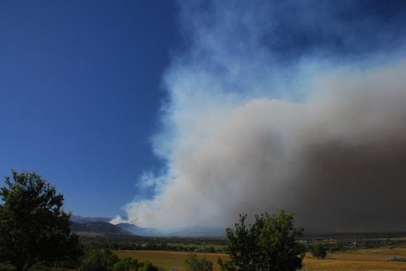 Fire as seen from southeast of Boulder (Photo: Ann Duncan)