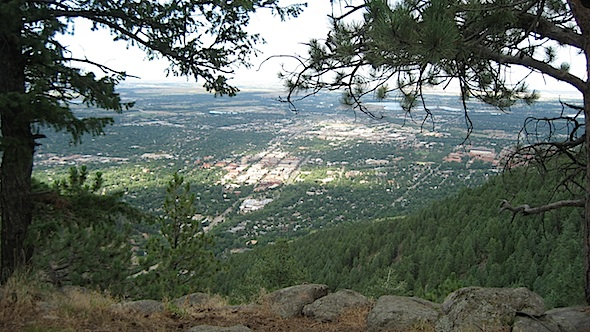 <cutline>View of Boulder from Flagstaff Mountain (Reporter photo)</cutline>